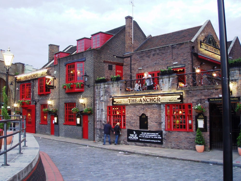Pubs By The River Thames: Anchor Bankside at Bankside. Photo Credit: © Ewan Munro via Wikimedia Commons.