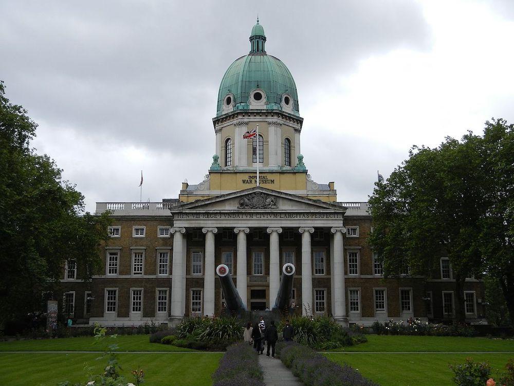 Imperial War Museum London. Photo Credit: © K.ristof via Wikimedia Commons.