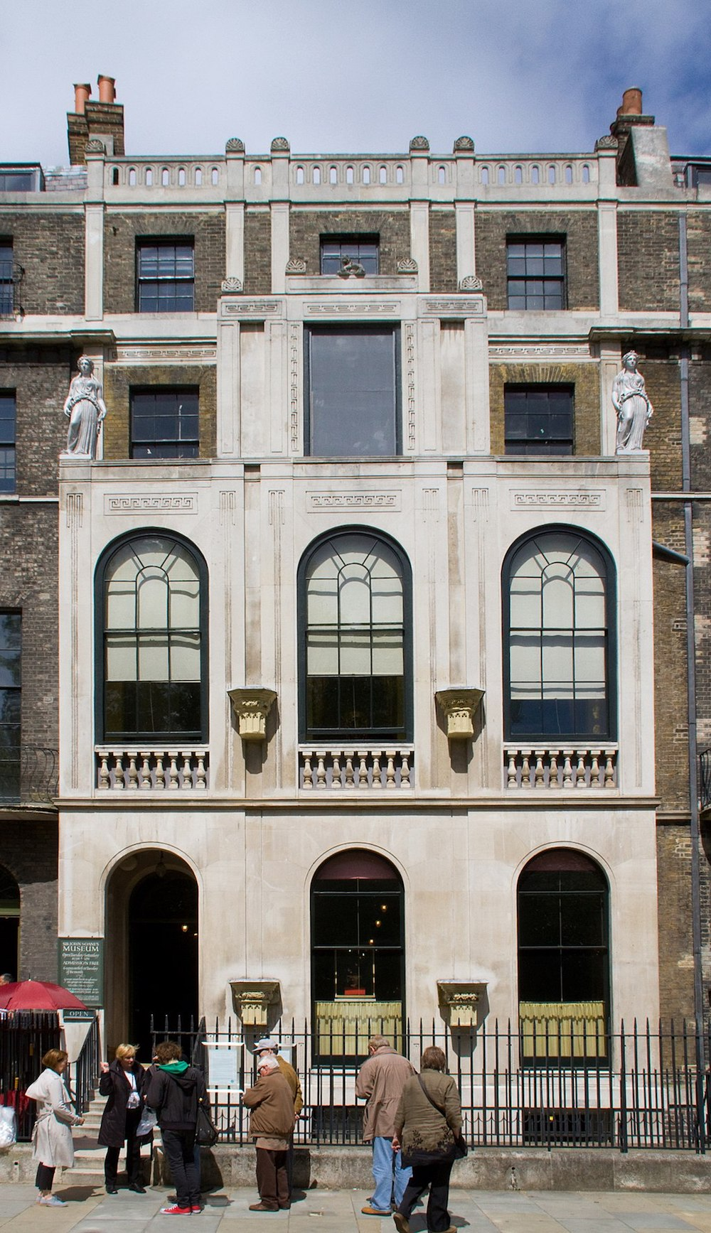 Sir John Soane Museum in London. Photo Credit: © Tony Hisgett via Wikimedia Commons.