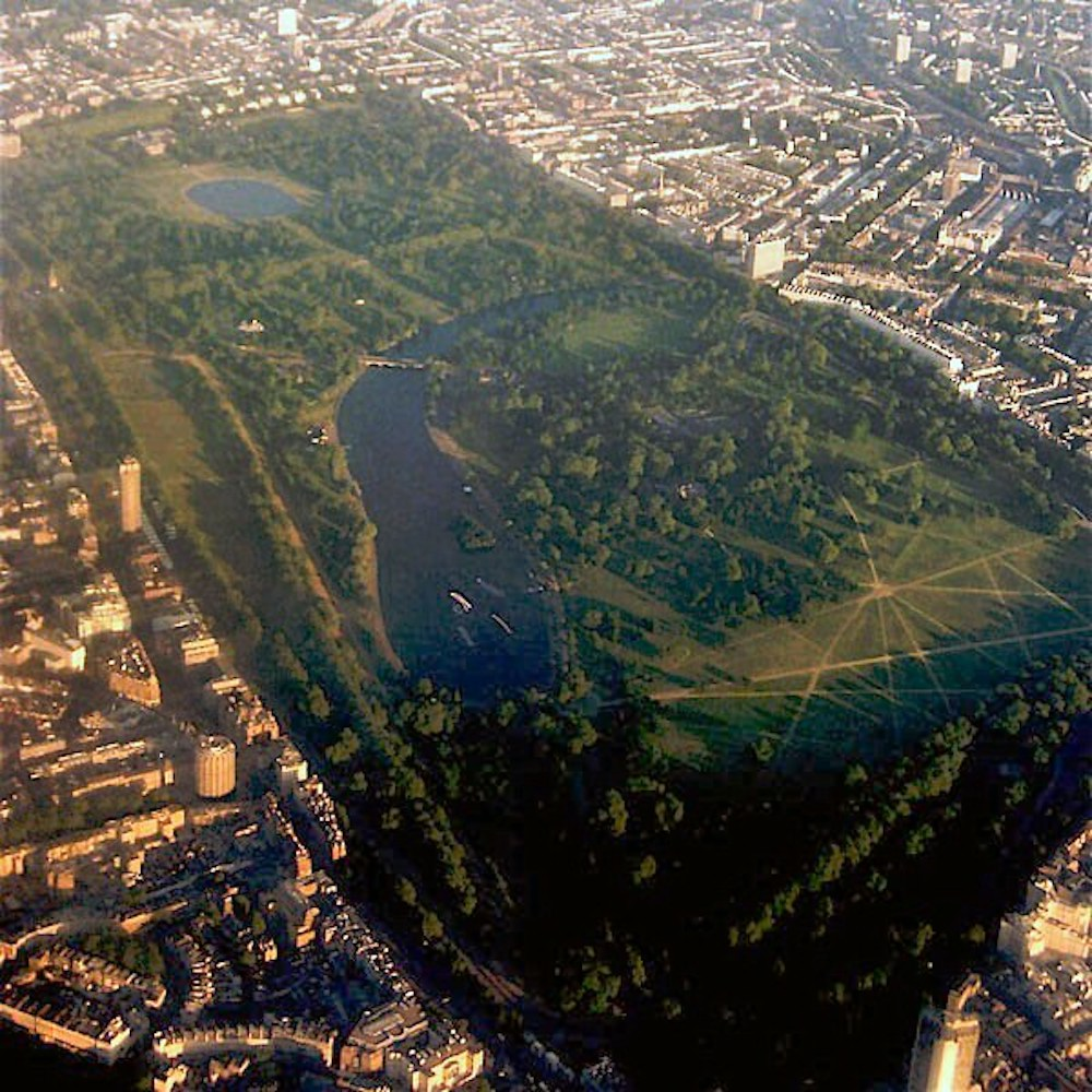 Royal Parks in London: Aerial view of Hyde Park. Photo Credit: © BaldBoris via Wikimedia Commons.
