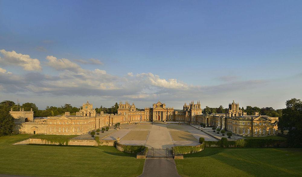 Wide angle view of Blenheim Palace. Photo Credit: © Gailf548via Wikimedia Commons.
