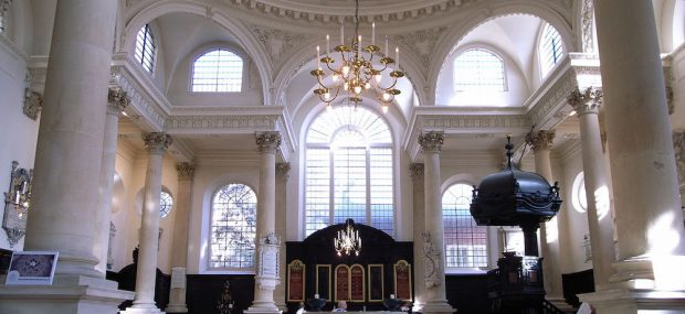 Interior of St Stephen Walbrook. Photo Credit: © Steve Cadman via Wikimedia Commons.